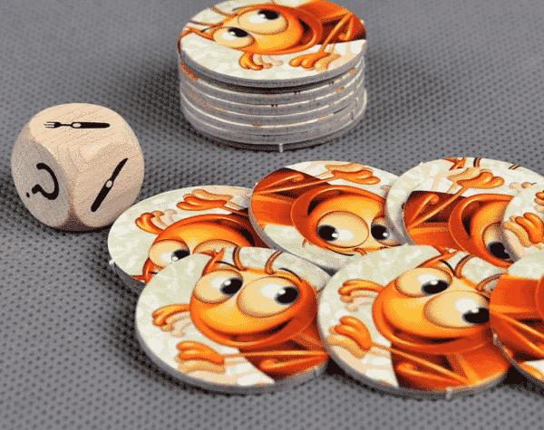 Настольная игра Кукарача - тараканьи бега для детей