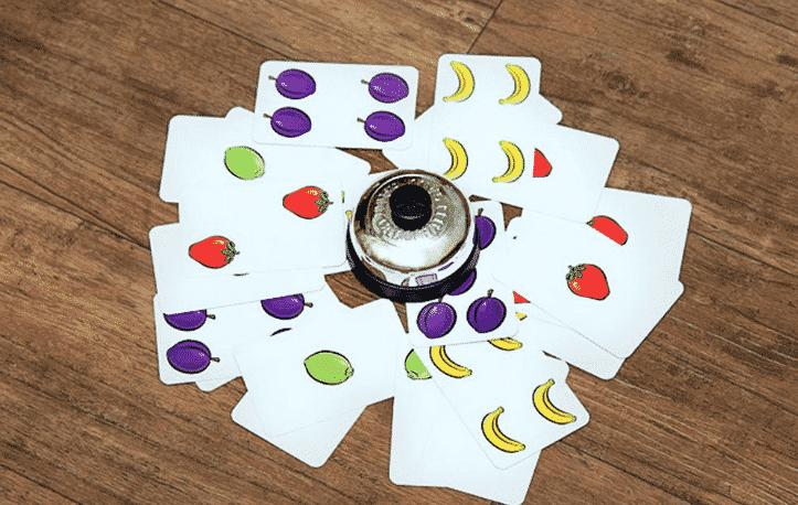 Настольная игра Халли Галли/Halli Galli: салатная вечеринка начинается!
