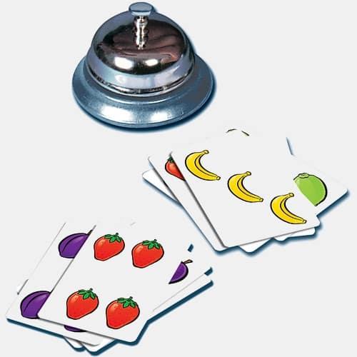 Игра продолжается до тех пор, пока все карты не окажутся в раскрытом виде у игроков.