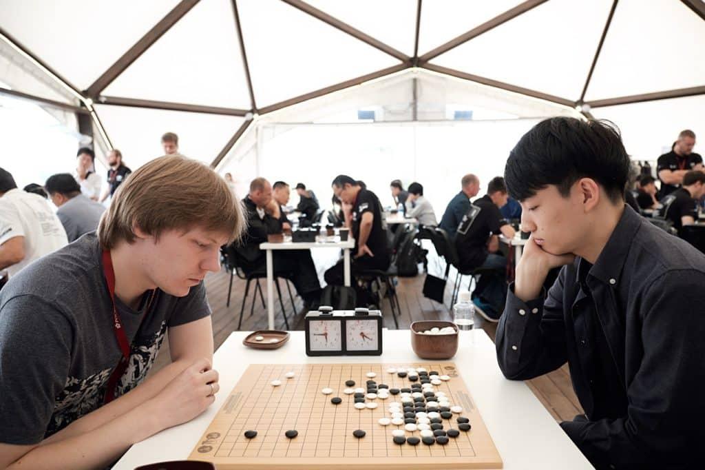 два игрока