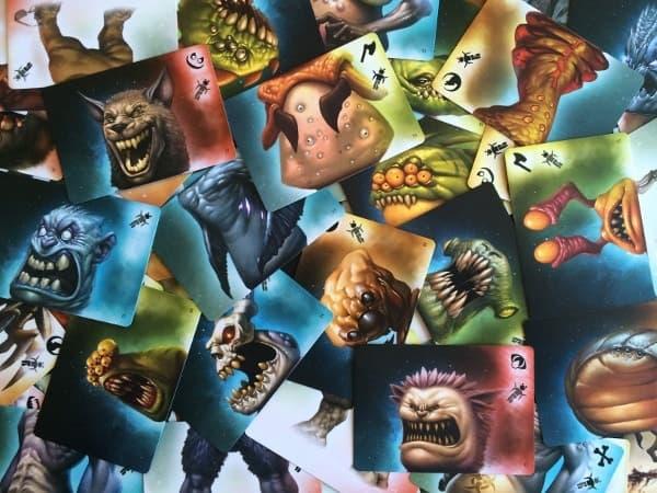 карточки с частями монстров