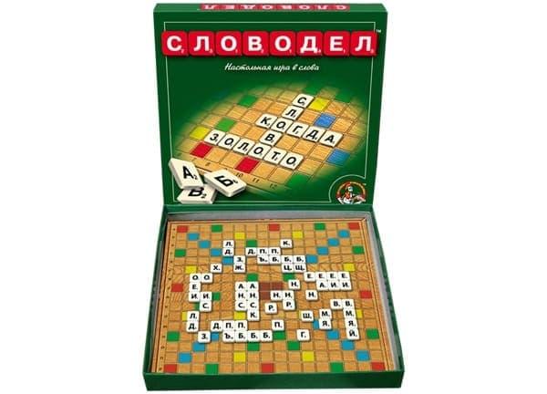 игровое поле с буквами
