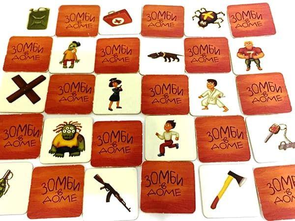 поле с карточками зомби в доме
