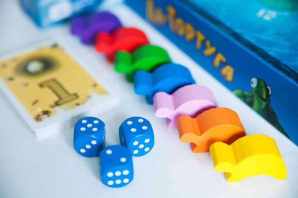 фишки и кубики к игре тортуга