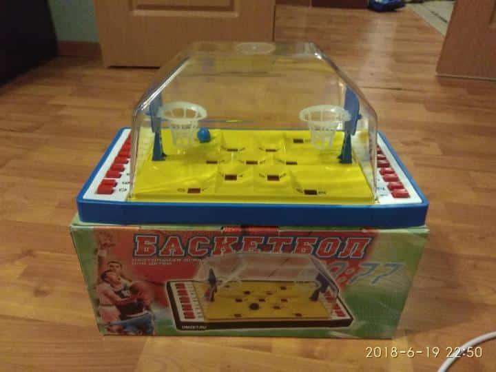 игра на коробке