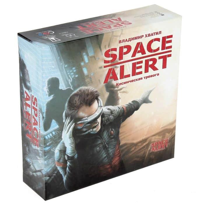коробка с настольной игрой спайс алерт